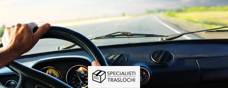 Consigli su come trasportare un'auto all'estero